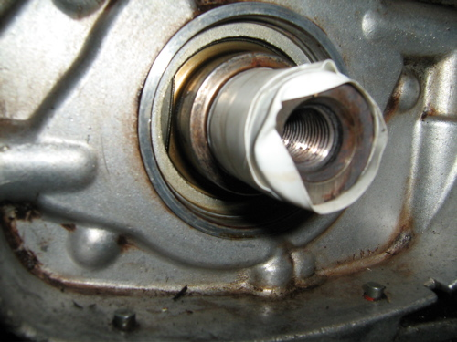 Repairing damaged crank and replacing seal  - Page 1 of 1